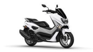 2017-Yamaha-NMAX-EU-Milky-White-Studio-001